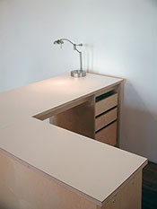 Modular desk for artists, art schools, and the business office.